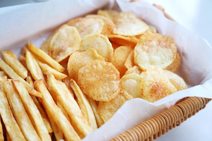 Mẹo làm khoai tây chiên ngoài giòn, trong mềm, vàng ươm, thơm phức - Ảnh 9.