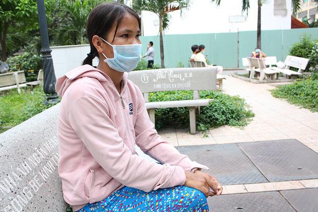 Gia cảnh khó khăn của người đàn ông ôm hổ chúa vào bệnh viện: Bị TNGT, chạy ăn từng bữa - Ảnh 1