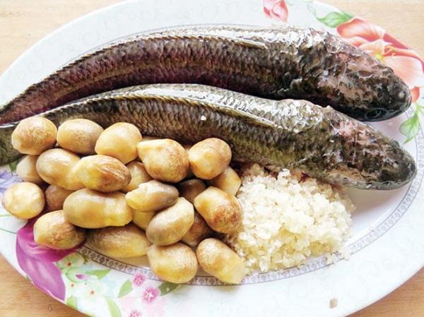 Mẹo nấu cháo cá thơm nức, ngon ngọt không còn mùi tanh - Ảnh 9.